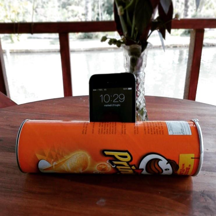 iPhone+Pringles